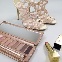 Achieve a rose gold glow with the Urban Decay Naked 3 Palette