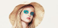 Fab eye shadow look. I know one kid who'd go to school with this one!