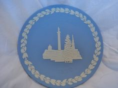 "Wedgwood Jasperware Christmas Plate 1970 ""Trafalgar Square"" Made in England by GrandmothersTable on Etsy"