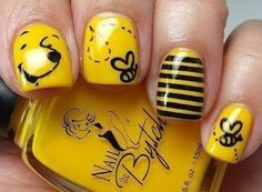 Winnie the Pooh and Bee Nails Picture from Nail Designs. Winnie The Pooh inspired Nails Fancy Nails, Pretty Nails, Sexy Nails, Nail Art Jaune, Do It Yourself Nails, Nailed It, Nails For Kids, Yellow Nails, Pink Nail