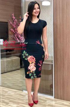 Floratta Modas - Moda Evangélica - A Loja da Mulher Virtuosa Pencil Skirt Dress, Pencil Skirt Outfits, Dress Skirt, Dress Up, Office Dresses For Women, Clothes For Women, Prom Dresses With Sleeves, Young Fashion, Dress Patterns