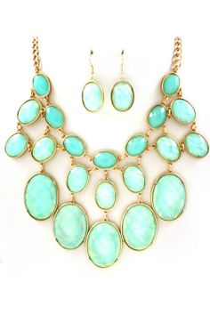 Mint necklace / Check out this site for beautiful unique and one-of-a-kind jewelry finds for every season!