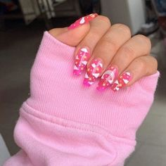 In search for some nail designs and some ideas for your nails? Here is our set of must-try coffin acrylic nails for fashionable women. Clear Acrylic Nails, Summer Acrylic Nails, Acrylic Nail Designs, Summer Nails, Nail Design Stiletto, Nail Design Glitter, Nails Design, Glitter Nails, Aycrlic Nails