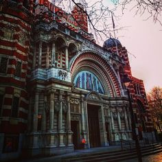 It's Sunday so here's Westminster cathedral with the sun gently hovering slightly out of shot giving this amazing building a warming glow by Westminster Cathedral, Cathedral Church, Amazing Buildings, Building Design, Big Ben, Shots, Glow, Sunday, Warm