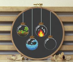 Tiny Cross Stitch, Easy Cross Stitch Patterns, Modern Cross Stitch, Cross Stitch Designs, Cross Stitch Flowers Pattern, Cross Stitching, Cross Stitch Embroidery, Embroidery For Beginners, Crafty