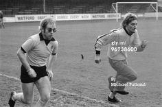 Elton doing fast running