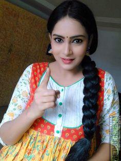 All Indian Actress, Indian Actress Gallery, Indian Actresses, Indian Long Hair Braid, Braids For Long Hair, Beautiful Braids, Beautiful Saree, Beautiful Girl Indian, Beautiful Indian Actress
