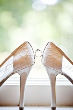 This is a beautiful ring/shoe photo!