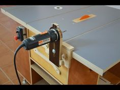 How it works Router & Saw table Woodworking Techniques, Woodworking Jigs, Woodworking Projects, Dremel, Router Saw, 3d Router, Router Table Plans, Wood Jig, Workbench Designs