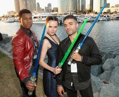 John Boyega (bestie), Daisy Ridley (bestie), Oscar Isaac (BAE)