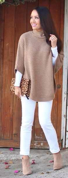 Street style tan sweater and white pants (Top Moda Booties) Fall Winter Outfits, Autumn Winter Fashion, Fashion Spring, Dress Winter, Look Fashion, Fashion Outfits, Womens Fashion, Camo Fashion, White Fashion