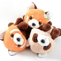 What's cuter than a lesser panda? A baby lesser panda! What's cuter than a baby lesser panda? A baby lesser panda plushie of course!  These big plushies measure 31 x 29 x 50 cm and are made from a soft material. They also come in three versions: Lesser-kun, a baby boy lesser panda; Lesser-chan; a baby girl lesser panda with a flower in her fur; and Confused Tanuki-kun, a Japanese raccoon dog who...
