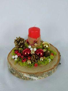 Christmas Candle Decorations, Christmas Flower Arrangements, Diy Christmas Decorations Easy, Christmas Candles, Diy Christmas Ornaments, Christmas Wreaths, Christmas Yule Log, Wall Christmas Tree, Christmas Makes