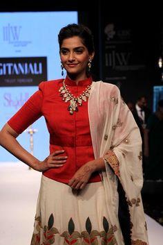 Best of India International Jewellery Week 2013