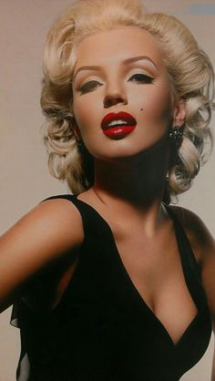 Charlize Theron as Marilyn Monroe? What do you thing?