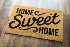 Protejați-vă refugiul în siguranță al familiei dvs. cu polița de asigurare a locuintelor! Happy New Home, Love Your Home, Entrada Frontal, New Home Checklist, Sweet Home, Department Of Veterans Affairs, Home Again, First Time Home Buyers, Home Ownership