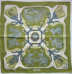 -Superbe Foulard carré HERMÈS TSUBAS 100% soie TBEG vintage Scarf Foulard  Carré, Carré 3901daf4bd1