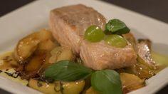 Piotr Gudek:Łosoś w sosie winno-owocowym Steak, Pork, Chicken, Dinner Ideas, Kale Stir Fry, Steaks, Supper Ideas, Pork Chops, Cubs
