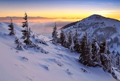 Feel the light - Winter evening Some Beautiful Pictures, Beautiful Places, High Tatras, Big Country, Winter Beauty, Lonely Planet, Mother Nature, Natural Beauty, Nature Photography