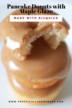 Pancake Mix Donuts with Maple Glaze pancake donuts with maple glaze Baked Donut Recipes, Baking Recipes, Dessert Recipes, Pancake Recipes, Mini Donut Maker Recipes, Cake Donut Recipe Baked, Easy Recipes For Desserts, Cake Mix Donuts Recipe, Pancake Ideas
