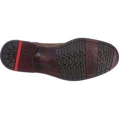 Echtleder mit unterschiedlichen Oberflächen bilden das Obermaterial dieser LLOYD Derek Freizeit Schuhe. Es entsteht ein dezenter und dennoch raffinierter Look.<br /> <br /> - Verschluss: Schnürung<br /> - Schuhweite: F<br /> - rutschhemmende Laufsohle und kleiner Blockabsatz<br /> <br /> Obermaterial: Leder (Materialmix aus Leder)<br /> Futter: Leder, Textil<br /> Decksohle: Leder<br /> Laufsohl...