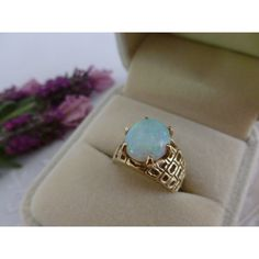 Vintage 14 carats or massif opale, bague opale bijoux, australien 14 k... ($1,100) ❤ liked on Polyvore featuring jewelry, 14k jewelry, opal jewelry, petite jewelry, opal jewellery and vintage opal jewelry