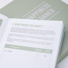 Happiness Planner Kalenteri – Salvianvihreä-Hopea   Calm & Sparkle