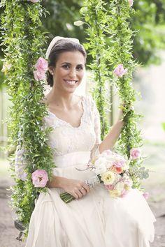 Inspire-se com este lindo casamento no sítio Meio do Mato, com muitos detalhes personalizados e fotos de Jann La Pointe