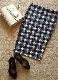 Įsigyk mano drabužį #Vinted http://www.vinted.lt/moteriski-drabuziai/piestuko-formos/20694296-languotas-piestuko-formos-sijonas-musthave