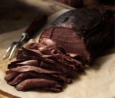 Kuva - Hirvipaisti on mehevää riistaruokaa Gourmet Recipes, Steak, Paleo, Beef, Traditional, Food, Asia, Lifestyle, Beach Wrap