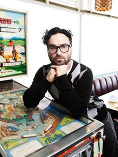 Johnny Galecki :: http://www.artmixphotography.com/photo-gallery/williams-hirakawa Johnny Galecki, Big Bang Theory, Good Looking Men, Celebs, Celebrities, Charming Man, Leonard Hofstadter, Big Beng, Man Candy