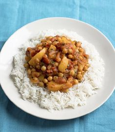 Peach and chickpea curry