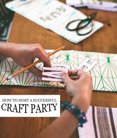 5 tips for hosting a successful craft party. Easy + fun girls night