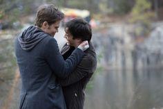 Cade ataca em The Vampire Diaries! - http://popseries.com.br/2017/02/22/the-vampire-diaries-8-temporada-its-been-a-hell-of-a-ride/