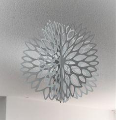 3D Hänge Ornament 6-teilig aus Tyvek geschnitten  3D hanging decoration cut out of tyvek paper