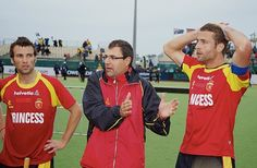 Spain announces a new coach for their men's field hockey team to replace Daniel Martin (pictured) Field Hockey, Hockey Teams, Spain, Play, Guys, Sports, Pictures, Hs Sports, Photos