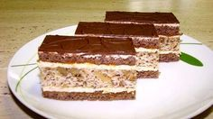 Catarin Cuts with walnuts Czech Recipes, Ethnic Recipes, Dessert Recipes, Desserts, Food Hacks, Nutella, Baked Goods, Tiramisu, Ale