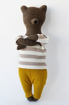 Bear was made by hand, when using natural fabrics that do not cause allergies. Materials - tweed, cotton, jersey. Size Bears - 42 cm Fabrics in