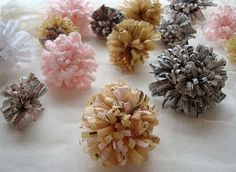 maya*made: how to: instant recycled paper flowers - DIY paper craft fun! Faux Flowers, Diy Flowers, Fabric Flowers, Cloth Flowers, Diy Paper, Paper Crafting, Paper Bows, Tissue Paper, Diy Recycle