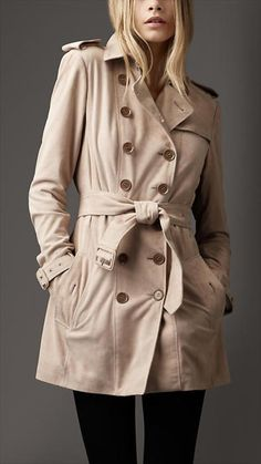 burberry trench coat...♥ classic style