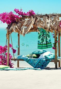 Tropical Island Adventures :: Escape to a Beach Paradise :: Soak in the Sun :: Palms + Ocean Air :: Discover more Island Life Inspiration Dream Vacations, Vacation Spots, The Places Youll Go, Places To Go, H & M Home, Exotic Places, Tropical Paradise, Summer Paradise, Island Life
