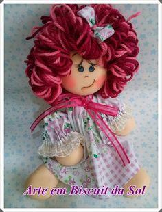 Dia das Crianças Chegando e o Arte em Biscuit da Sol , com esta linda Boneca para você presentear o quarta da sua Princesa. Encomendas através do e-mail: solangecometti@terra.com.br ou Te. (27) 3222-1298 ou 99849-9278