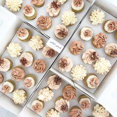 Nude and rose gold minis #allyouneedisloveandcake