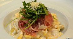 Mancare Cluj- Savoarea Italiana – Eday-Eday.ro – Anunturi gratuite Spaghetti, Restaurant, Ethnic Recipes, Food, Italia, Diner Restaurant, Essen, Meals, Restaurants