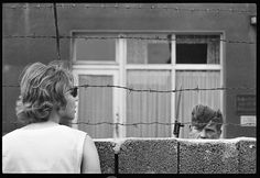 Photo by Don McCullin. - West Berliners watch construction of the Berlin Wall, Germany, August 1961 © Don McCullin / Contact Press Images / LUZphoto Friends Holding Hands, Ddr Brd, London Bombings, Berlin Wall, West Berlin, War Photography, Ship Lap Walls, Cold War, Photojournalism