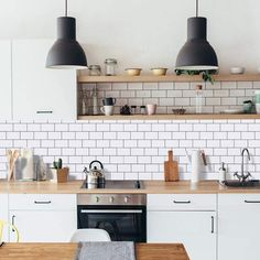 House Cleaning Tips, Spring Cleaning, Cleaning Hacks, Kitchen Rails, Open Kitchen Shelving, Cleaning Painted Walls, Glass Cooktop, Clean Dishwasher, Toilet Cleaning