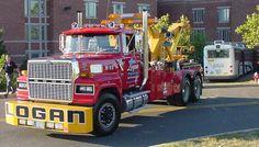 Tow Trucks - http://www.towing-santaclarita.com