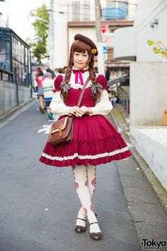 Kyokorin is a 20-year-old lolita who we met on the street in Harajuku. Her look features a Pina Sweet Collection dress with metamorphose temps de fille tights, Baby The Stars Shine Bright bow shoes, and handmade accessories. Full Look
