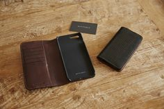 #METTIQUE #handstitch #leatheronly  #METTIQUE #iphone7plus and #iphone7 #wallets in mate black #lizard with #Italian #cowhide interior, #handstitched with bees waxed thread.   WWW.METTIQUE.COM