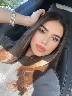Makeup Eye Looks, Beauty Makeup, Hair Makeup, Hair Beauty, Amanda Diaz, Beautiful Latina, Makeup Looks Tutorial, Teenage Girl Photography, Elegantes Outfit